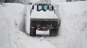 Из Самары вывезли тонны снега